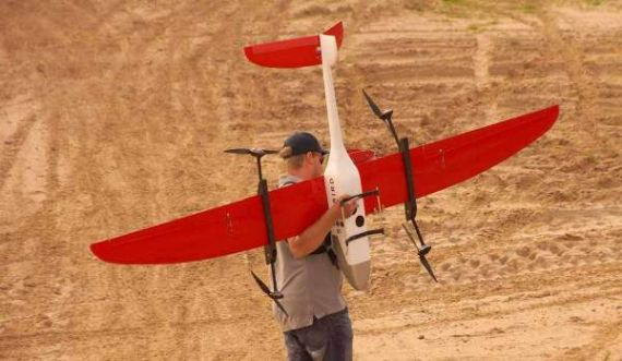 Hybrid UAS/UAV: Fixed Wing and Chopper in One Aircraft